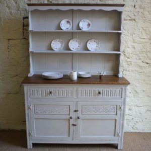 distressed-furniture-dresser_02