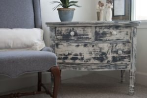 distressed-furniture-dresser_07