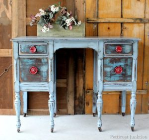 distressed-furniture-dresser_09