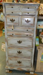 distressed-furniture-dresser_11