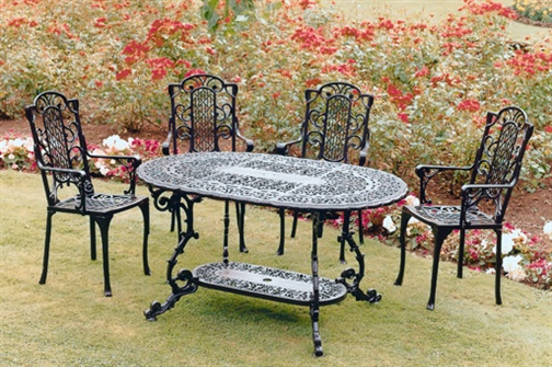 Vintage Wrought Iron Patio Furniture For A Shabby Chic Look